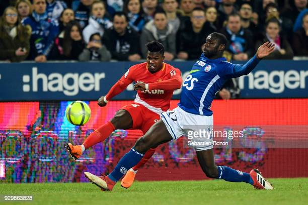 Keita Balde of Monaco and Ernest Seka during the Ligue 1 match between Strasbourg and AS Monaco at on March 9 2018 in Strasbourg