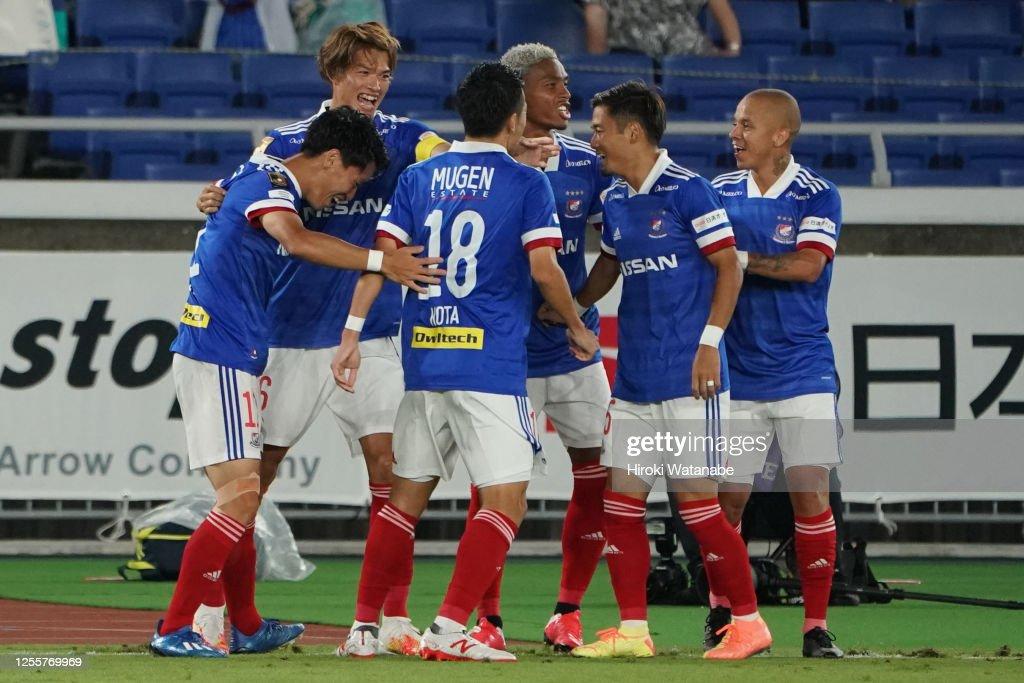 Yokohama F.Marinos v FC Tokyo - J.League Meiji Yasuda J1 : ニュース写真