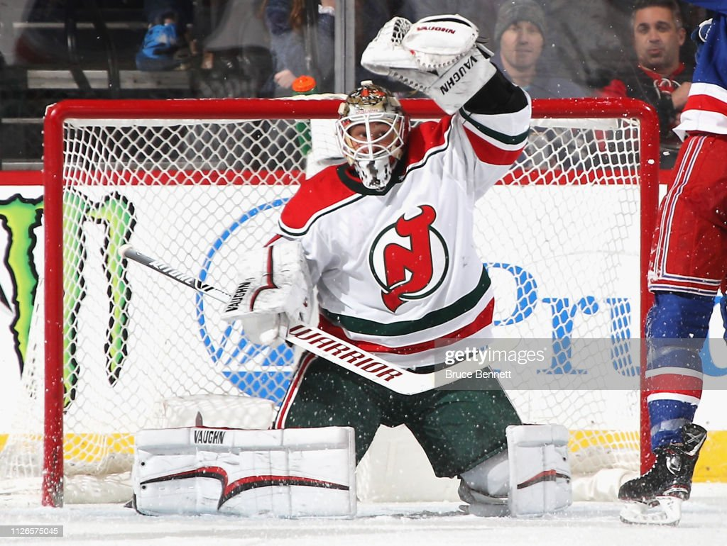 online retailer 8ed11 fe4ea Keith Kinkaid of the New Jersey Devils makes the Second ...