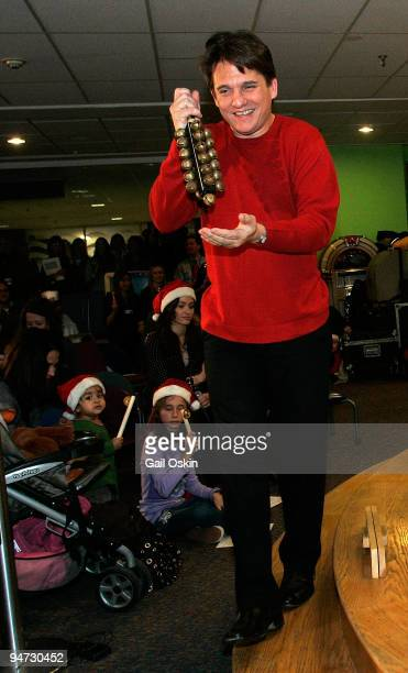 Keith Lockhart performs during a special holiday performance at the Children's Hospital Boston on December 17 2009 in Boston Massachusetts