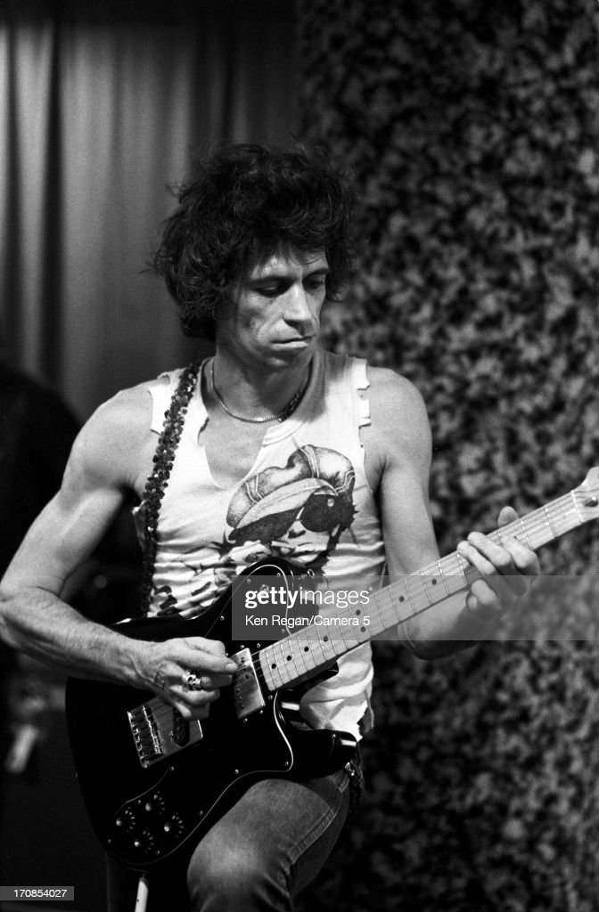 Keith Richards of the Rolling Stones is photographed on November 16, 1981 backstage at Richfield Coliseum in Cleveland, Ohio.