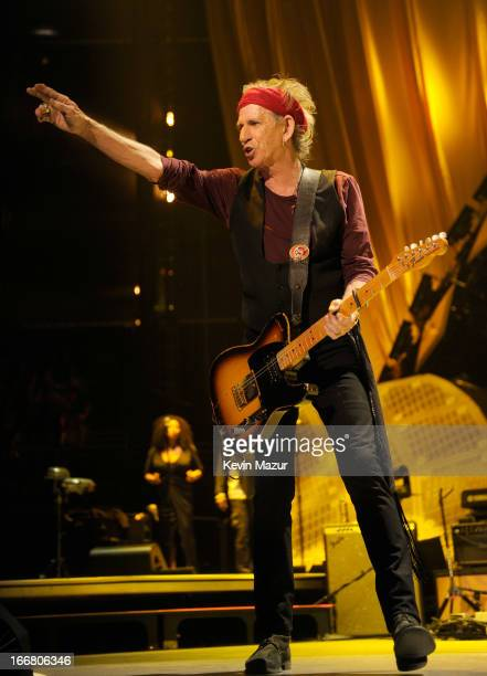 Keith Richards of The Rolling Stones performs at the Prudential Center on December 15 2012 in Newark New Jersey The Rolling Stones concert is being...