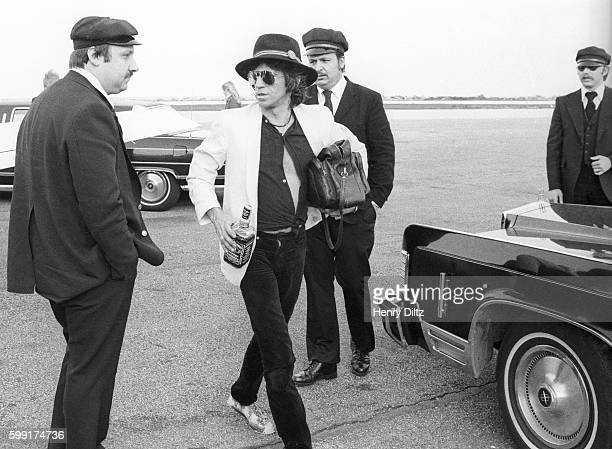 Keith Richards with limousine drivers during the New Barbarians tour The New Barbarians were a rock band made up of members of Faces and the Rolling...