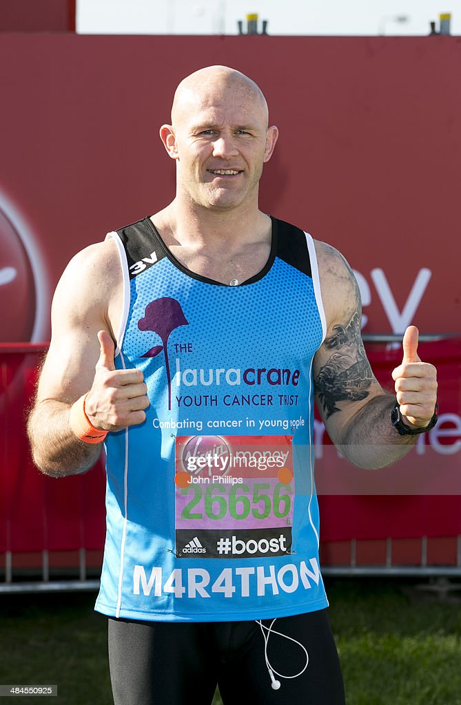 Keith Senior takes part in the 2014 London Marathon on April 13, 2014 in London, England.