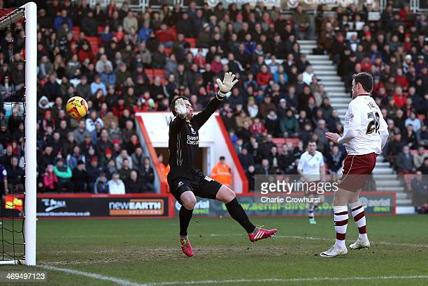 Keith Treacy of Burnley scores their first goal to make it 1-1 during the Sky Bet Championship match between AFC Bournemouth and Burnley at The...