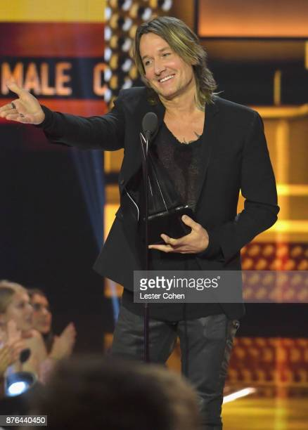 Keith Urban accepts award onstage during the 2017 American Music Awards at Microsoft Theater on November 19 2017 in Los Angeles California