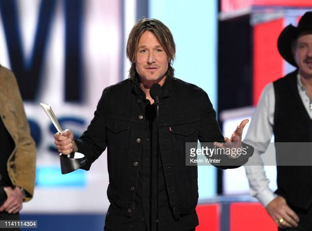 Keith Urban accepts the Entertainer of the Year award onstage during the 54th Academy Of Country Music Awards at MGM Grand Garden Arena on April 07...