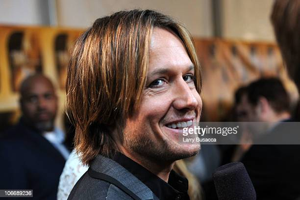 Keith Urban attends the 44th Annual CMA Awards at the Bridgestone Arena on November 10 2010 in Nashville Tennessee