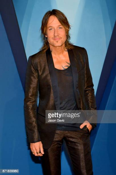 Keith Urban attends the 51st annual CMA Awards at the Bridgestone Arena on November 8 2017 in Nashville Tennessee