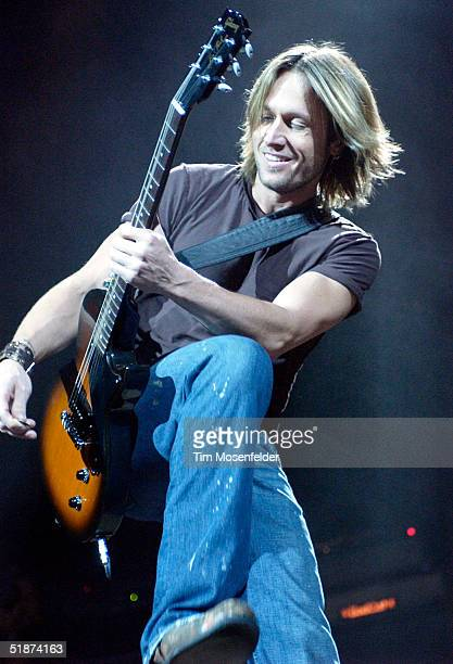 Keith Urban performs his final US Tour date in support of his Be Here release at The HP Pavilion on December 16 2004 in San Jose California