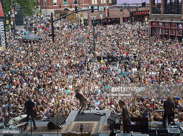 Keith Urban performs older and brand new music from his new album Ripcord during his Free Concert For Fans outside Bridgestone Arena on May 9 2016 in...