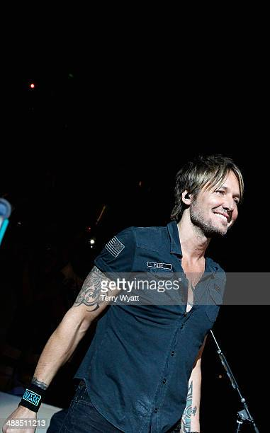 Keith Urban performs on stage during Keith Urban's Fifth Annual We're All 4 The Hall Benefit Concert at the Bridgestone Arena on May 6 2014 in...
