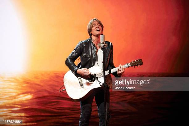Keith Urban performs onstage during the 53rd annual CMA Awards at the Bridgestone Arena on November 13, 2019 in Nashville, Tennessee.