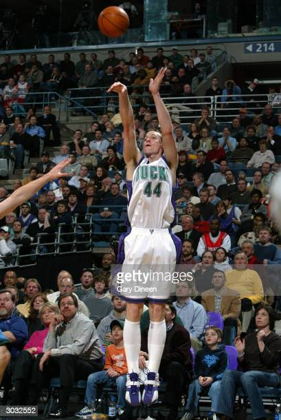 Keith Van Horn of the Milwaukee Bucks shoots against the Minnesota Timberwolves during the game at Bradley Center on February 24 2004 in Milwaukee...