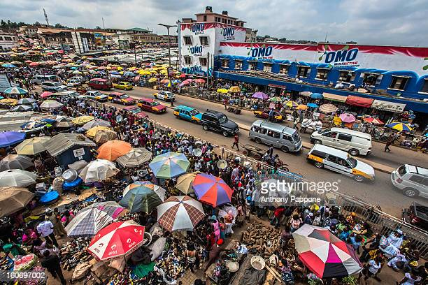 kejetia market, kumasi - ghana stock pictures, royalty-free photos & images