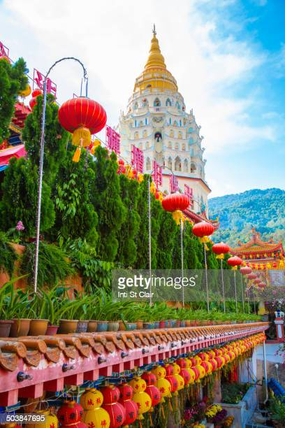 kek lok si temple, george town, penang, malaysia - george town penang stock photos and pictures