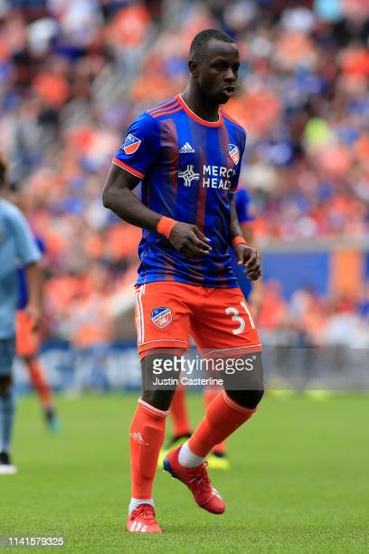 Kekuta Manneh of the Cincinnati FC in action in the match against the Sporting Kansas City at Nippert Stadium on April 07 2019 in Cincinnati Ohio
