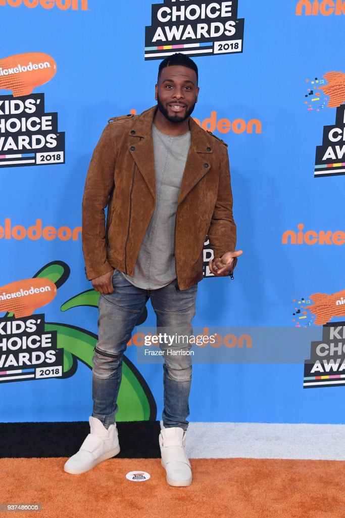 kel-mitchell-attends-nickelodeons-2018-kids-choice-awards-at-the-on-picture-id937486006