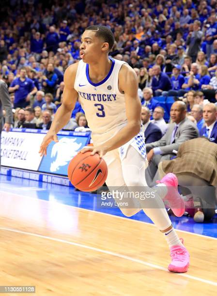 Keldon Johnson of the Kentucky Wildcats shoots the ball against Tennessee Volunteers at Rupp Arena on February 16 2019 in Lexington Kentucky