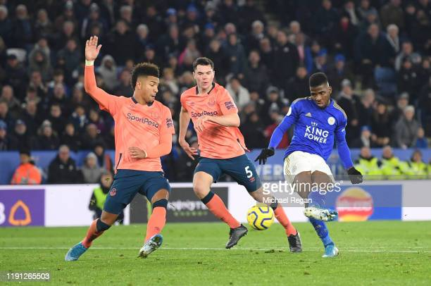 Kelechi Iheanacho of Leicester City scores his sides second goal during the Premier League match between Leicester City and Everton FC at The King...