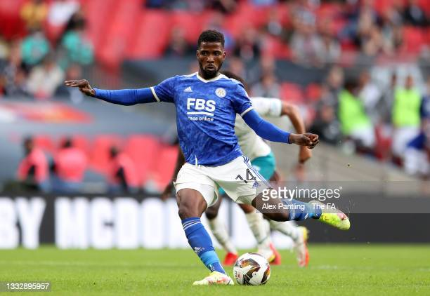 Kelechi Iheanacho of Leicester City scores their side's first goal from the penalty spot during The FA Community Shield Final between Manchester City...