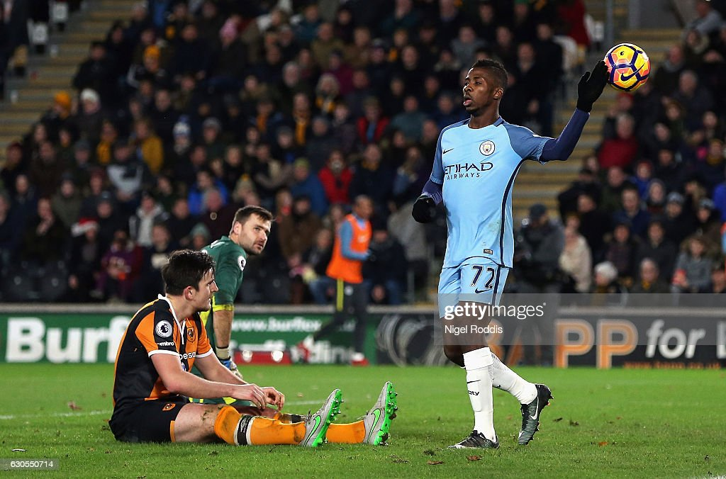 Kelechi Iheanacho of Manchester City celebrates scoring his team's second goal during the Premier League match between Hull City and Manchester City at KCOM Stadium on December 26, 2016 in Hull, England.
