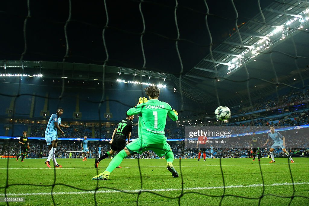 Kelechi Iheanacho of Manchester City scores his teams fourth during the UEFA Champions League match between Manchester City FC and VfL Borussia Moenchengladbach at Etihad Stadium on September 14, 2016 in Manchester, England.