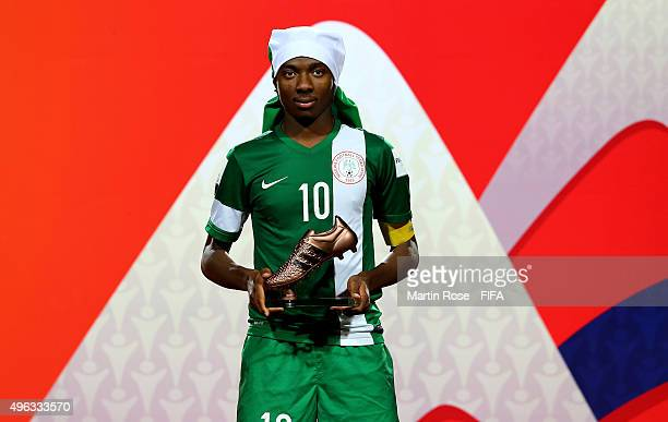 Kelechi Nwakali of Nigeria poses with the adidas bronze boot after the FIFA U17 Men's World Cup 2015 final match between Mali and Nigeria at Estadio...