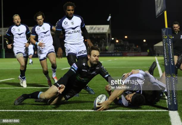 Kelian Galletier of Montpellier scores his teams first try during the European Rugby Champions Cup match between Glasgow Warriors and Montpellier at...