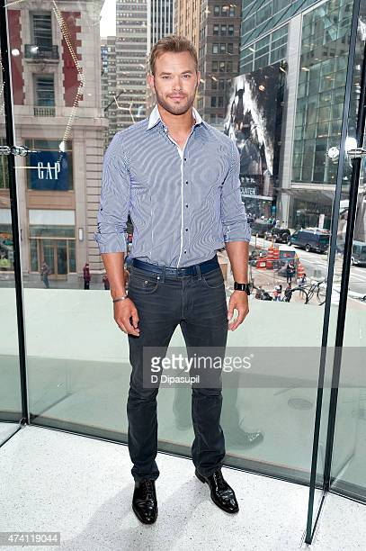 Kellan Lutz visits 'Extra' at their New York studios at HM in Times Square on May 20 2015 in New York City