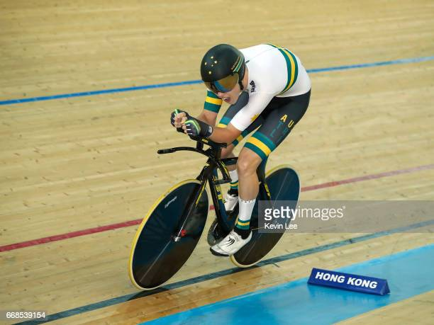 Kelland O'Brien of Australia competes for the Bronze medal at the Men's Individual Pursuit Final on Day 3 in 2017 UCI Track Cycling World...