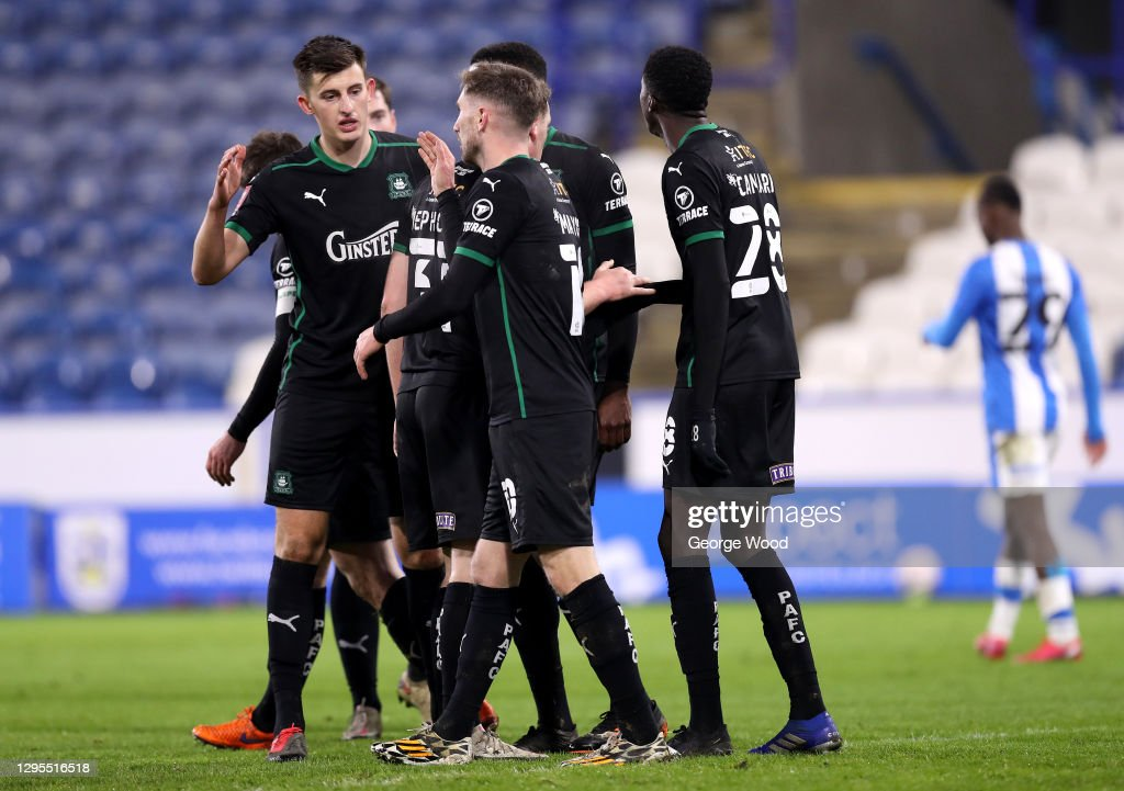 Huddersfield Town v Plymouth Argyle - FA Cup Third Round : News Photo