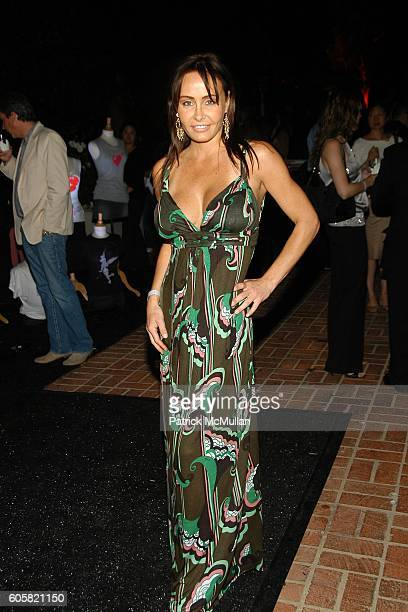 Kelli McCarty attends Design a Cure at Los Angeles on October 5, 2006.