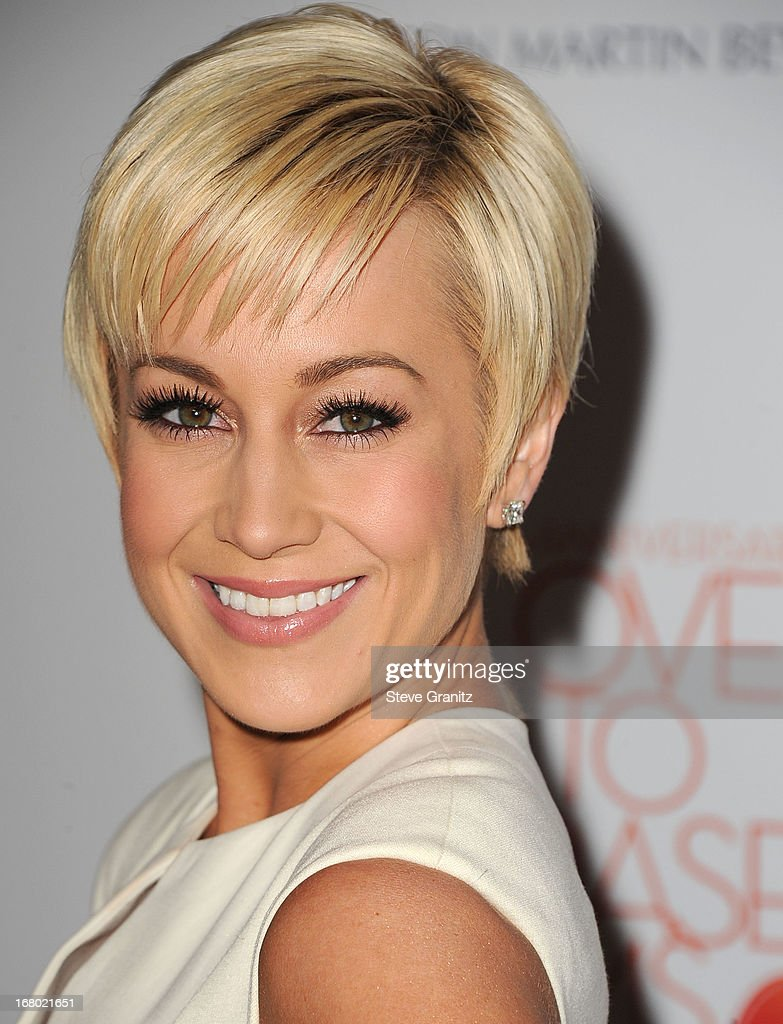 Kellie Pickler arrives at the 20th Annual Race To Erase MS Gala 'Love To Erase MS' at the Hyatt Regency Century Plaza on May 3, 2013 in Century City, California.