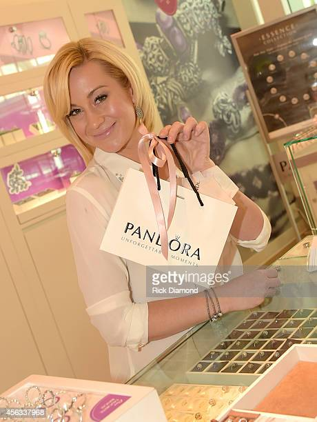 Kellie Pickler attends the PANDORA Jewelry Best Friends Shopping Spree on September 29 2014 in Nashville Tennessee