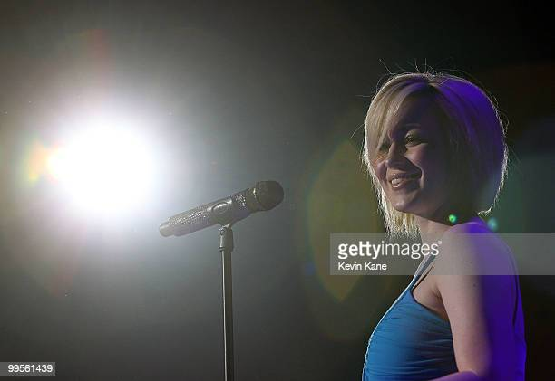 Kellie Pickler performs at the Nassau Veterans Memorial Coliseum on May 14, 2010 in Uniondale, New York.