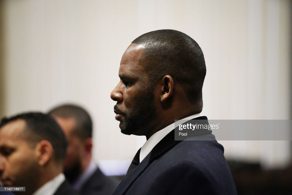 R. Kelly Returns To Court For Hearing On Sex Abuse Allegations : News Photo