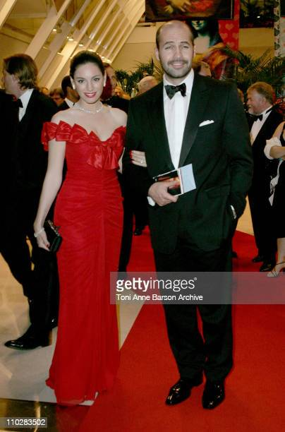 Kelly Brook and Billy Zane during 2006 Cannes Film Festival Gala Dinner Arrivals at Palais Du Festival in Cannes France