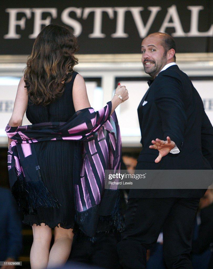 """2006 Cannes Film Festival - """"Marie Antoinette"""" Premiere : ニュース写真"""