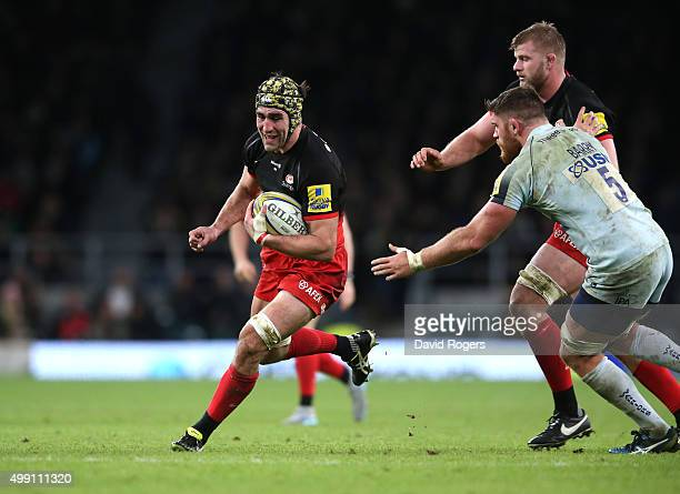 Kelly Brown of Saracens runs with the ball during the Aviva Premiership match between Saracens and Worcester Warriors at Twickenham Stadium on...