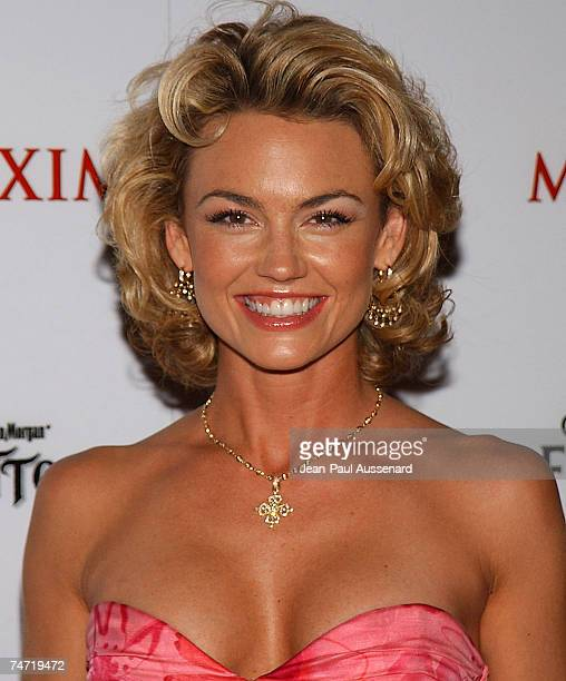 Kelly Carlson at the Montmartre Lounge in Hollywood California