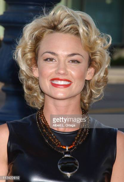 "Kelly Carlson during ""De-Lovely"" Special Los Angeles Screening - Arrivals at Academy of Motion Picture Arts and Sciences in Beverly Hills,..."