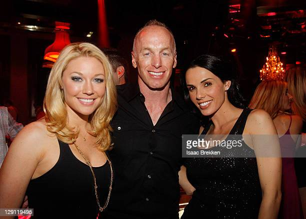 Kelly Carrington Jeff Garcia and Carmella DeCesare attend Chateau Nightclub Gardens on April 29 2011 in Las Vegas Nevada