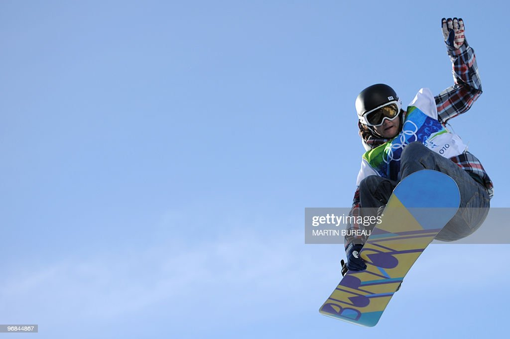 Kelly Clark of the USA competes during the Women's Snowboard Halfpipe qualifications at Cypress Mountain during the Vancouver Winter Olympics, north of Vancouver on February 18, 2010.