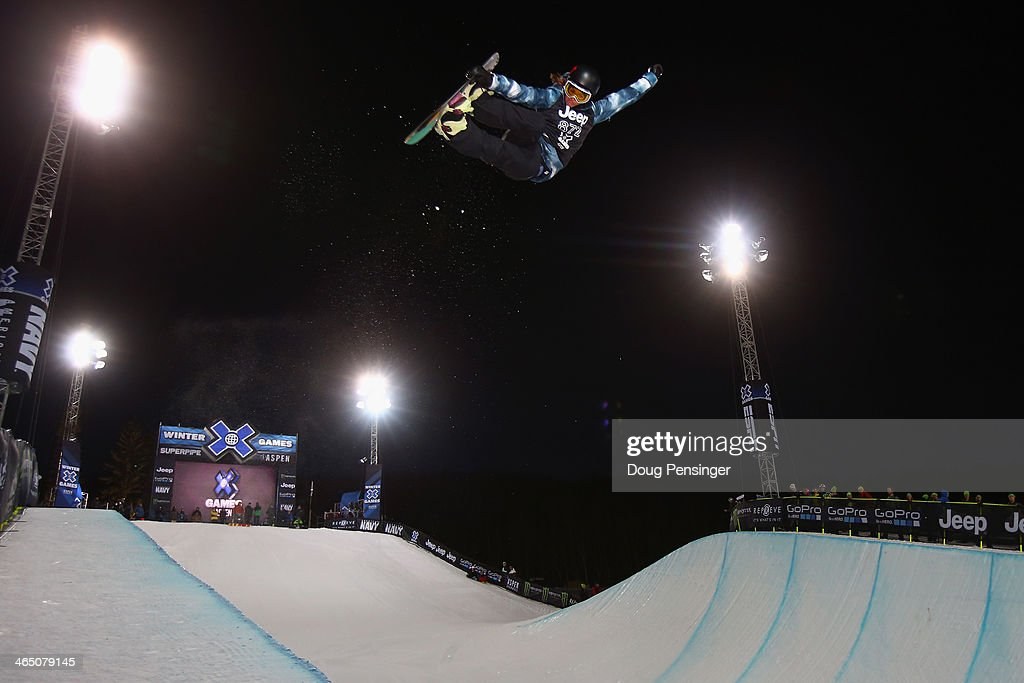 Kelly Clark takes a practice run prior to the finals as she went on to win the women's Snowboard Superpipe at Winter X-Games 2014 Aspen at Buttermilk Mountain on January 25, 2014 in Aspen, Colorado.