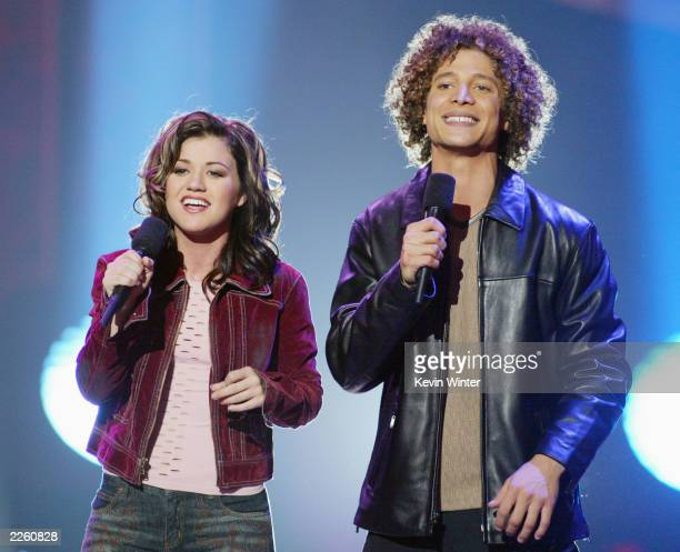 Kelly Clarkson and Justin Guarini at FOXTV's American Idol finale at the Kodak Theatre in Hollywood Ca Wednesday Sept 4 2002 Photo by Kevin...