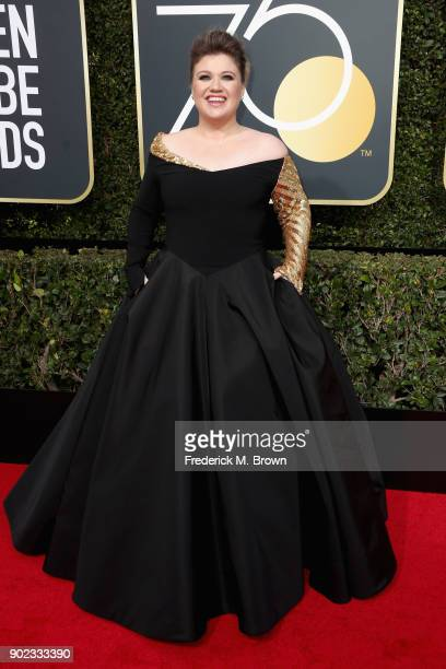 Kelly Clarkson attends The 75th Annual Golden Globe Awards at The Beverly Hilton Hotel on January 7 2018 in Beverly Hills California