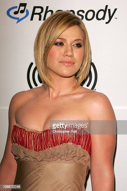Kelly Clarkson during 2006 Clive Davis PreGRAMMY Awards Party Arrivals at Beverly Hilton Hotel in Beverly Hills California United States
