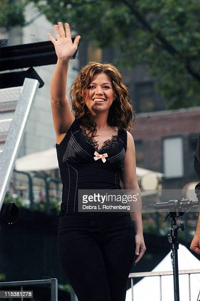 Kelly Clarkson during 'Good Morning America's' 2003 Concert Series Justin Guarini and Kelly Clarkson at Bryant Park in New York City New York United...