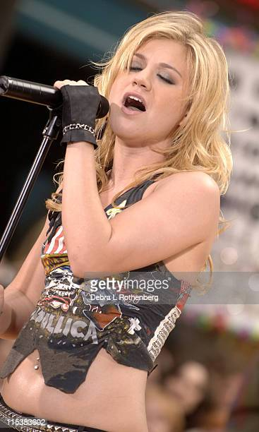 Kelly Clarkson during Kelly Clarkson Performs on the 2005 Today Show Summer Concert Series at Rockefeller Plaza in New York City New York United...